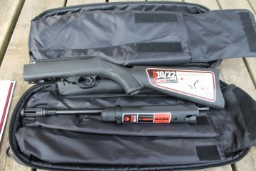 Ruger 10/22 Take Down sort m/flammedemper/gjenger